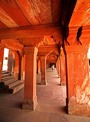 Fatehpur Sikri Palace 112 (David OMalley) Tags: india muslim islam agra palace mosque pilgrimage akbar masjid allah islamic pradesh fatehpur sikri muhammed uttar jama darwaza buland sikari vijaypur