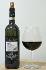 Brunello di Montalcino (mausgabe) Tags: leica nyc home wine 2010 leicamp brunellodimontalcino leicasummiluxm50mmf14asph safariedition typ240 sassettilivio pertimali