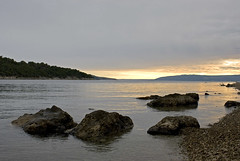 Croatie 2008_0567 (Joseff_K) Tags: croatie croatia sea mer meradriatique adriaticsea cres coucherdesoleil sunset rocher rock nikonflickraward