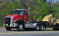 Cat CT660 Heavy Hauler (jack byrnes hill) Tags: cat heavyhauler cattruck ct660
