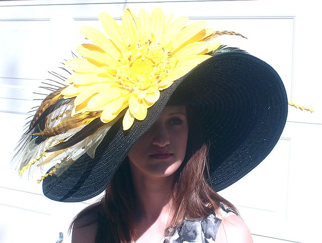 Large Brim KENTUCKY DERBY Hat