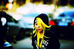 Beijing Girl (Jonathan Kos-Read) Tags: china yellow beijing cheers chuck cheers2 chuck2 chuck3 chuck4 cheers3 cheers4 chuck6 chuck9 chuckedoutbythepigsty chuck5 chuck7 chuck8 chuck10