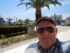 Me in the Square (RobW_) Tags: robert me square greece april monday zakynthos 2012 solomos apr2012 mdpd2012 mdpd201204 diaryphot 30apr2012
