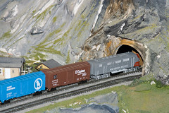 CG399 Entering Tunnel (listentoreason) Tags: usa america canon newjersey model modeltrain unitedstates favorites places diorama northlandz scalemodel modelrailroad hoscale ef28135mmf3556isusm score20 hoscalemodelrailroad