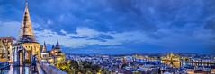 Panoramica de Budapest desde el Bastion de los Pescadores (dleiva) Tags: windows light sunset luz architecture night twilight arquitectura hungary budapest gazebo puestadesol crepusculo hdr buda pest mirador hungria nocturno bastindelospescadores fishermensbastion ventanales dleiva domingoleiva