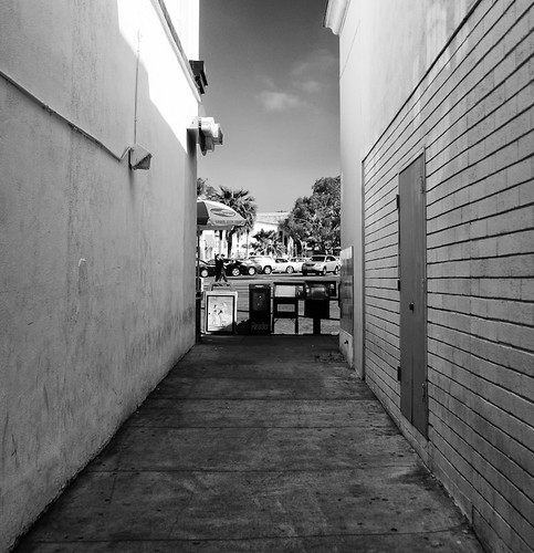 La Jolla Alley