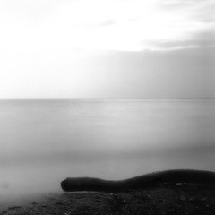 The quiet sea (Saraia77) Tags: longexposure blackandwhite bw seascape deepavali contemporaryartsociety innamoramento imageourtime agorathefineartgallery