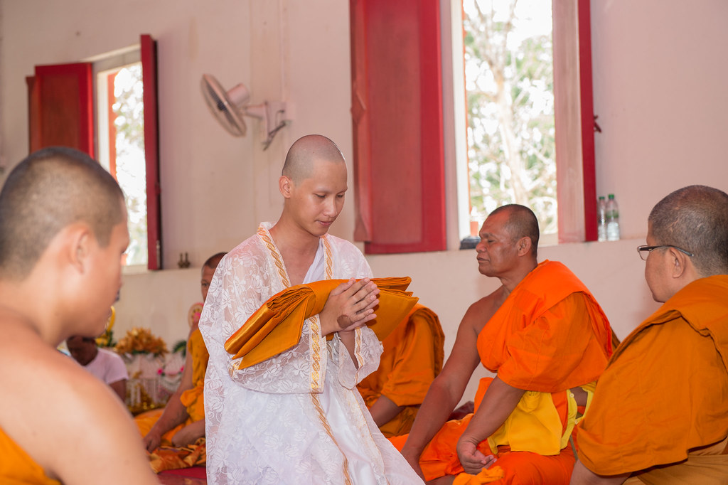 buddhist single men in sharps chapel An often-ignored fact in all of the hand-wringing about fewer men in church is that the early church in roman times apparently also attracted more women than men.