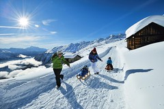 SWITZERLAND - WINTER (bergdorfem) Tags: family famille schnee winter snow mountains hiver familie berge che neige rodeln luge sledge schlitten montagnes schlitteln traineau belalp tobaggan wallisvalais