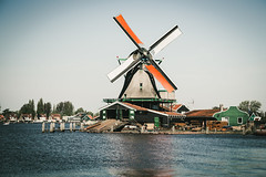Windmill (Tiph Haine) Tags: france amsterdam canon french eos is netherland l usm fullframe amateur f4 franais lightroom 6d 24105 llens zaans 24105mm canonef24105mmf4lisusm llenses tpix canon6d canonfrance canoneos6d pleinformat