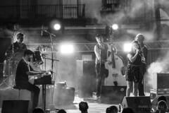 The Flamingo Tours (AnabelGonzlezP) Tags: color byn festival concierto huelva blues msica humo monocromtico