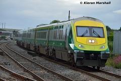 4006 arrives at Portlaoise, 25/6/16 (hurricanemk1c) Tags: irish train rail railway trains railways caf irishrail intercity portlaoise 2016 mark4 iarnrd 4006 ireann iarnrdireann 1635charlevilleheuston
