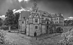 ein Schloss in Sachsen (ddimblickwinkel) Tags: bw white black dresden blackwhite nikon saxony sachsen sw tamron schloss burg schlsser d300 burgen schwarzweis d300s