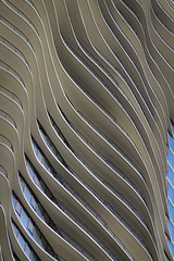 The Aqua Tower (Detail) (Francisco Montes Jr.) Tags: city blue chicago building azul canon hotel march illinois francisco downtown apartments edificio ciudad il 7d marzo 2012 montes cityofchicago franciscomontes aquabuilding aquatower canon7d ciudaddechicago franciscomontesphotography theaquatower