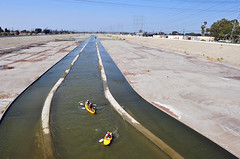 Los Angeles River Documentary (Tom Andrews) Tags: river la kayak kayaking losangelesriver lariver folar rocktheboat tomandrews kayakingthelosangelesriver