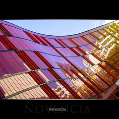 Novencia (AKfoto.fr) Tags: reflection canon colours 550d tamron175028 novencia