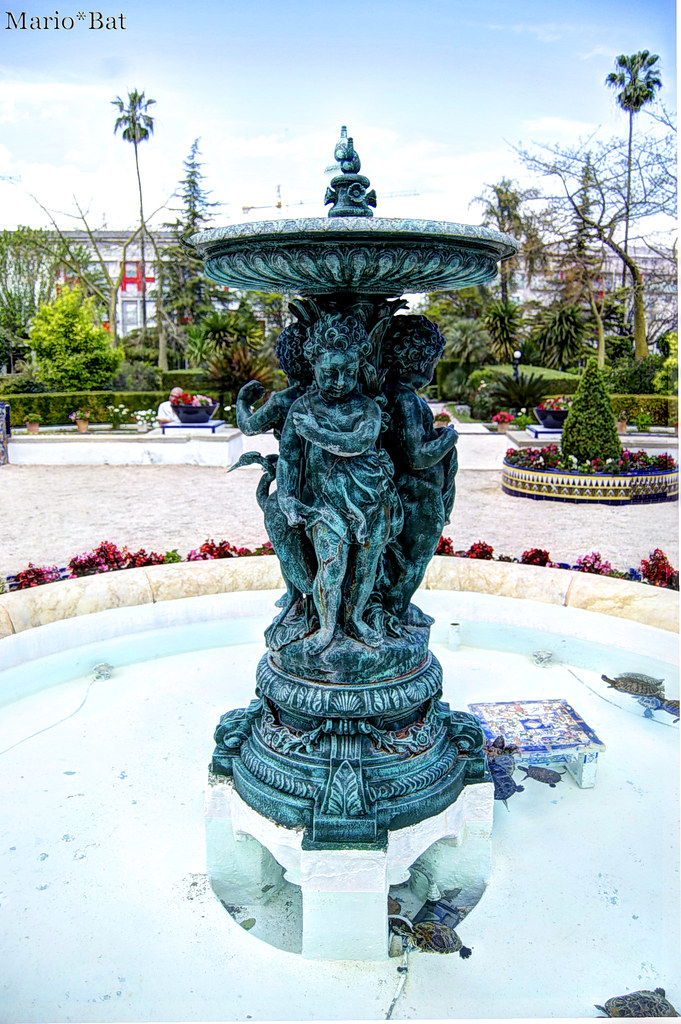 The world 39 s best photos of querub n flickr hive mind for Jardin querubines