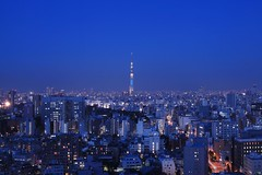 Bluemoment@Suidoubashi_Tokyo_001 (Ripple design) Tags: lighting canon 50mm sigma citylights bluemoment 5dmark2