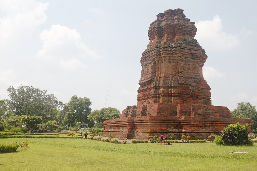 Single tower at Trowulan, Surabaya, Indonesia