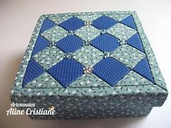 Caixa patchwork Mosaico Azul (Line Artesanatos) Tags: azul mosaico caixa patchworkembutido