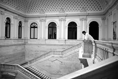 (Hello. Lupe) Tags: madrid real arquitectura retrato bn biblioteca deporte libros nacional esteban fútbol entrevista granero mármol jotdown guadalupedelavallina
