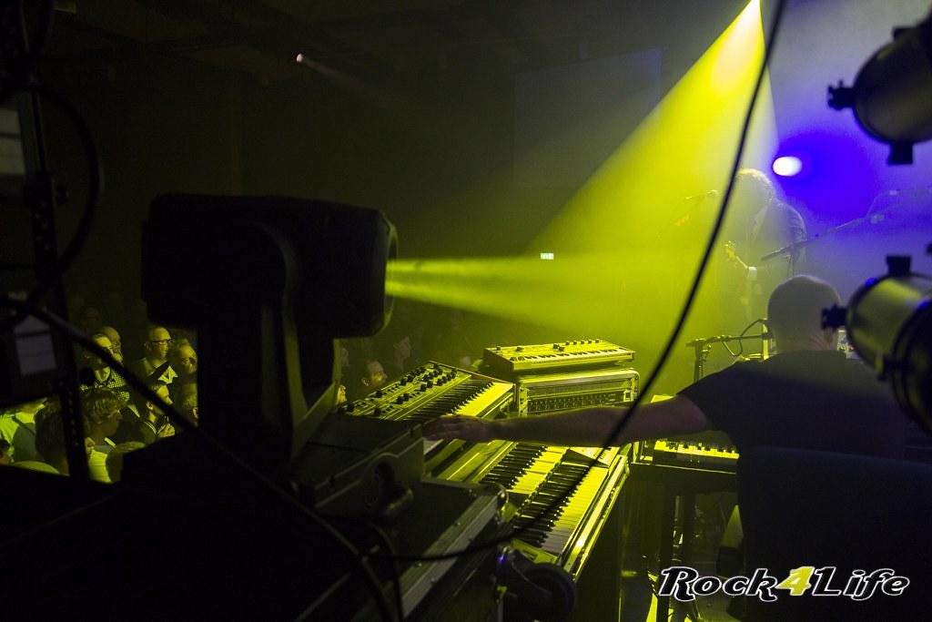 Infloyd 12-04-2012 W.K (13)