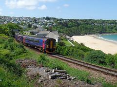 153318 & 150261 Carbis Bay (Marky7890) Tags: train cornwall railway gwr sprinter dmu carbisbay class153 fgw class150 stivesbayline 153318 150261 2a28