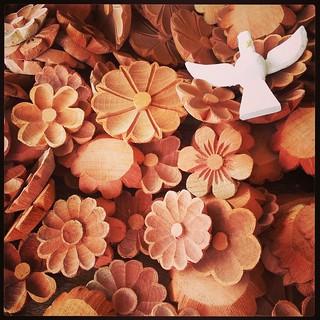 Flores e mais flores...  #artesanato #artesanatomineiro #artesanal #flores #paraoartesão #façavocêmesmo
