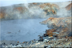 hverasl - Hot spring area (SigHolm - Very Busy) Tags: mars island march iceland islandia sulphur hotspring geothermal sland reykjanes 2012 islande icelandic islanda hver geologi ijsland landslagsmyndir islanti  hhitasvi geothermalarea brennisteinn icelandiclandscape    slenskt hverasvi slensktlandslag strihver   hitasvi      engjahver