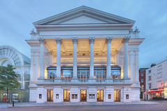 Power outage in Holborn affecting the Royal Opera House
