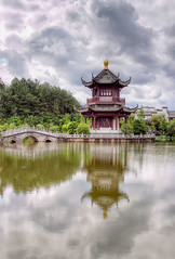 Huizhou District, Huangshan, Anhui Province / PR China (André Vogelaere - 李安杰) Tags: china bridge house clouds pagoda asia chinese culture wolken prc 中国 brug lachine chine huangshan pagode anhui peoplesrepublicofchina