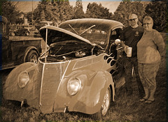 Kenny and Robin Greentree car show (AnnPorter) Tags: show sunset love robin car fun antique ann delaware kenny dover greentree annporter