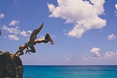 Waimea Bay (thestevenalan) Tags: ocean beach hawaii oahu northshore waimeabay cliffjumping cliffdive rockjumping waimeabayrock