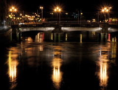 Nive by night (castorcorp) Tags: city light water night river lights nikon eau riviere lumiere midi nuit basque euskadi ville bayonne pyrenees lampadaire paysbasque euskal nive d5000 rubyphotographer ruby10 castorcorp