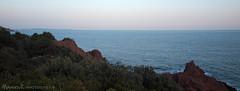 Crépuscule au Trayas 2 (David-Martinelli-Photos.net) Tags: mer crépuscule trayas méditerranée paysagesmarins