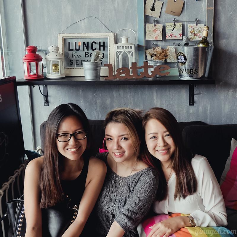 Lola's Cafe Singapore Simon Lane