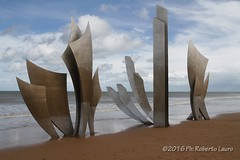 Omaha beach (Roberto Lauro) Tags: canon monumento wwii normandie francia dday normandia omahabeach secondaguerramondiale