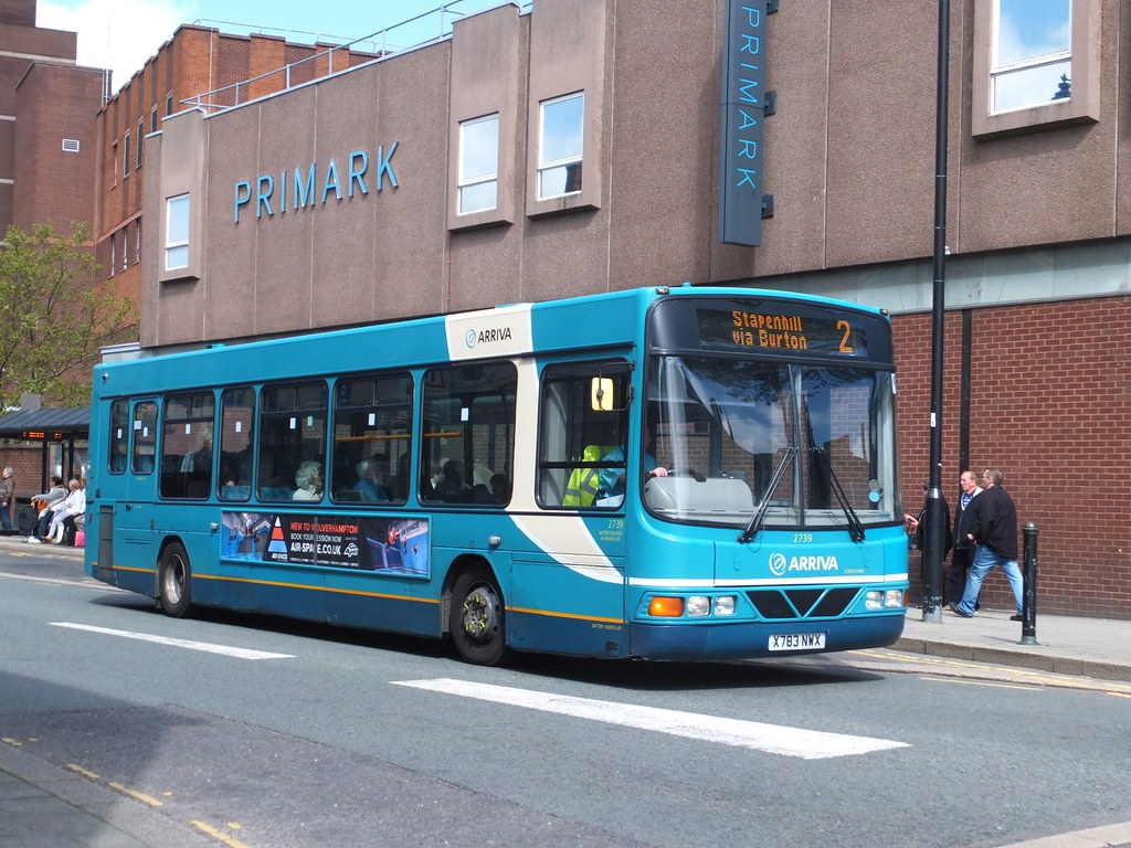 The world 39 s best photos of buses and runcorn flickr hive for Garage daf tours