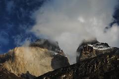 cuernos (nubedefresas) Tags: chile parque trekking cielo nubes andes nacional vacaciones cuernos torres paine magallanes