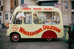 cobbles ice cream van #1 (lomokev) Tags: england unitedkingdom plymouth 1954 retro icecream vehicle cottoncandy cobbles unionjack unionflag candyfloss icecreaman cobblesicecreamvan file:name=120327eos5d7930