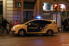 "Guàrdia Urbana de Barcelona (Xavier_15) Tags: barcelona españa de spain cops bcn police spanish urbana catalunya local department 092 patrol municipal catalan guardia dept officers policía patrulla urbana"" barcelona"" ""guardia"