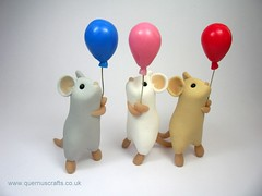 Mice with Balloons (Quernus Crafts) Tags: cute balloons mouse mice polymerclay quernuscrafts