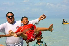 IMG_7962fr (Mangiwau) Tags: white beach beautiful indonesia sandy lagoon tourist tropical relaxation sulawesi idyllic indonesian muna attraction pantai pasir buton makassar tenggara kendari tengarra sultra putir