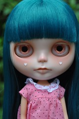 Pink eyed (Lawdeda ) Tags: house beautiful with little charm pam lucky blythe custom hehe stable newly given scalp rbl