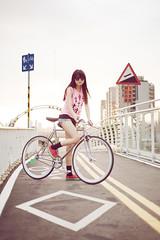 DSC_4953 (Ellen.B Chang ) Tags: light girl bike night bag nikon taiwan gear fixed taipei fggt d700