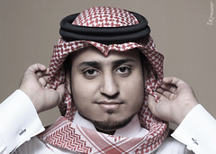 Portrait Me ' USEF ALGHAMDI' (USEF ALGHAMDI [ @photousef ]) Tags: world from camera portrait water canon photography amazing nice flickr niceshot photographer view shot zoom you photos sweet outdoor or south flash creative sigma pic everyone jeddah simple softbox yosef 2012 makkah ksa 70300 yousef youse photograhpy speedlite foucs usef      bahra twitter 550d       t2i   bahrah   instagram  yn565ex  photousef falghamdi