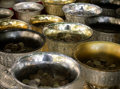 Coin Cups (MyXP) Tags: canon 60d thailand doisuthep chiangmai coins metallicobjects metal bhats donation offerings money cups ornate shiny reflective reflection tamron18270