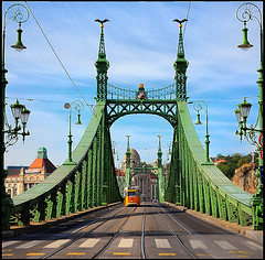Liberty Bridge - Budapest (Edgar Barany) Tags: bridge hungary budapest libertybridge barany fvm jnosfeketehzy edgarbarany
