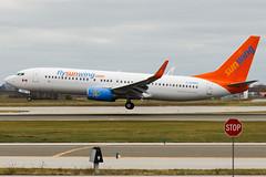 Sunwing   C-GOWG   Boeing 737-800 (Trevor Carl) Tags: airplane aviation transport boeing yyz 737800 sunwing torontopearsoninternational alltypesoftransport cgowg