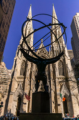 St Patrick Cathedral and Statue of Atlas (trek22-) Tags: nyc newyorkcity church sony atlas fifthavenue statueofatlas stpatrickcathedral trek22 nex6